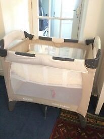 Benny & bell graco travel cot and mattress