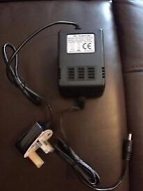 AC Adapter Model No: MHB-18001500