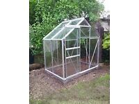 6x4 Aluminium greenhouse and base BOXED