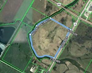 Goderich Wingham # 51 Maitland River frontage!