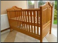 Mamas & Papas cot/bed antique pine