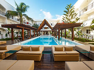 One Week Vacation to Cancun  - place tickets and hotel included!