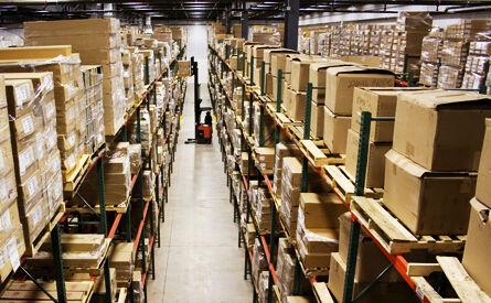 hollywood_movie_warehouse