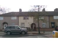 3 bed house to Rent/Let Dagenham,RM9 beautiful Propety