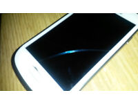 Samsung Galaxy S3 mini 6 months old works perfect apart from hairline crack