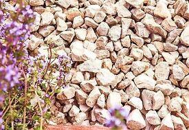 Cotswold buff garden stones