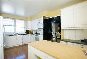 FANTASTIC 2 bedroom apartment for rent in Westmount!