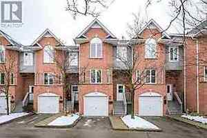 Fabulous Townhouse for lease in Cambridge-Available immediately