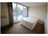Fantastic 2 double bedroom split level flat in Rickmansworth Town Centre