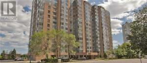 New Very Bright,1+1Beds,1Bath,300 WEBB DR, Mississauga
