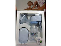 Avent 3 in 1 Electric/Battery operated/Manual Breast pump in excellent as new condition