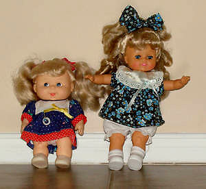 2 dolls in Excellent Condition : As shown,Clean,SmokeFree RARE