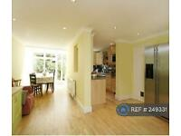 5 bedroom house in Pentlow Street, London, SW15 (5 bed)