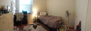 A room in a 2 bedroom house (8month lease) CLOSE TO QUEEN'S