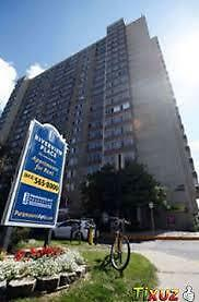 Bright & Spacious 3 Bed Corner Unit $1249~Perfct Dwntwn Location