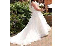 Beautiful wedding dress size 18/20