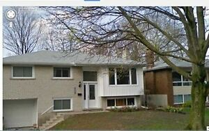 FALL TERM Single-Room sublease (bungalow) Close to both campuses