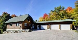 Logstyle Cottage/Home on Ahmic Lake