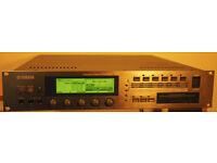 Yamaha A4000 sampler with AIEB1 card plus extras