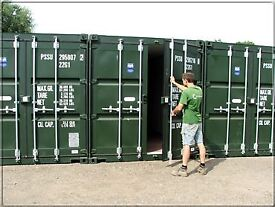STORAGE CONTAINER TO RENT - WIMBORNE