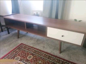 Retro style TV unit with tapered legs