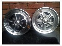 Triumph TR5 TR6 rear diff and Rostyle wheel covers