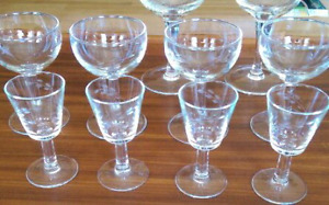 Beautiful vintage stemware cordial glasses retro