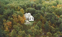STUNNING HOME ON MILL LAKE-5 MINS.FROM PARRY SOUND-NO NEIGHBOURS