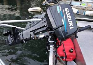 15HP 2 Stroke Suzuki Outboard Church Point Pittwater Area Preview