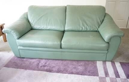 King lounge