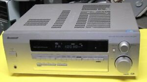 AUDIO VIDEO  RECEIVER PIOONER VSX D412 5 SPEAKERS