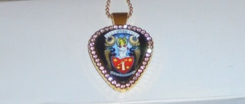 Bee Gees Band Barry Gibb Concert Guitar Pick Pendant Love Music Disco Rock Chain
