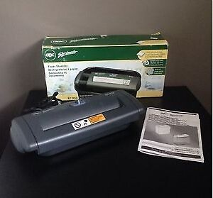 GBC SC-030 Personal Security Paper Shredder (BRAND NEW)