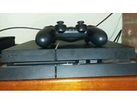 Ps4 500gb 1 controller and 2 games