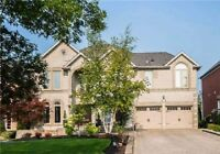 House for Sale at Leslie/Stonehaven in Newmarket ( Code 131)