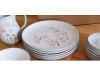 DENBY Sweet Pea Dinner Plates x 5