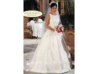ONLY £200!! Alfred Angelo white wedding dress size UK8 / US6 - UNBELIEVABLY GORGEOUS!!!