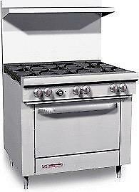 COMMERCIAL INDUSTRIAL GAS PROPANE SOUTHBEND RESTAURANT RANGE WITH OVEN AND BURNERS (POWERFUL BTU's = HEAVY DUTY)