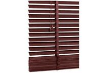 Thick Slatted Wooden Venetian Blind