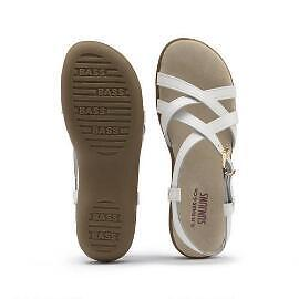WOMEN'S NEW WHITE LEATHER SANDALS 7.5 WIDE