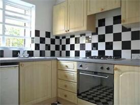 1 bed flat, council tax inc, near public transport,Uni,parking,close Christies Hospital & amenities