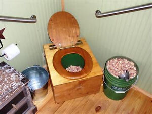 Lovable Loo Brand NEW Composting toilet
