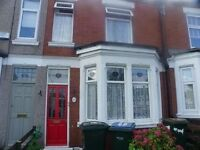 Double room in shared house - close to City Centre