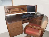 A professional desk & chair made by Steelcase Co.