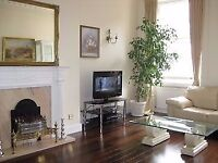 Hyde Park. Exceptional location. Spacious and elegant 3 bed apartment with internet. Available now