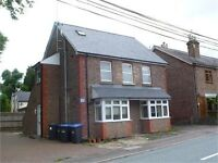 Double bedroom in a shared house, live out landlord. Lindfield West Sussex