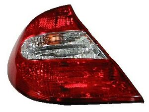 Toyota Camry Tail Light 2002 2003 2004 2005 2006