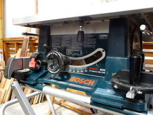 Bosch 10-inch Table Saw. Model 4000 with stand