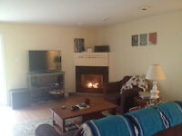 Big rooms with full en suite bathrooms/jacuzzi! Close to Acadia!