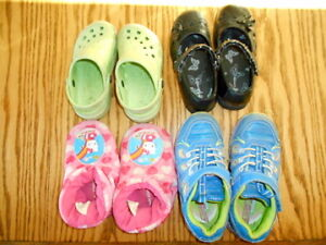Girls size 10 shoes/slippers